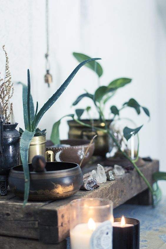 altar-photo-crystals