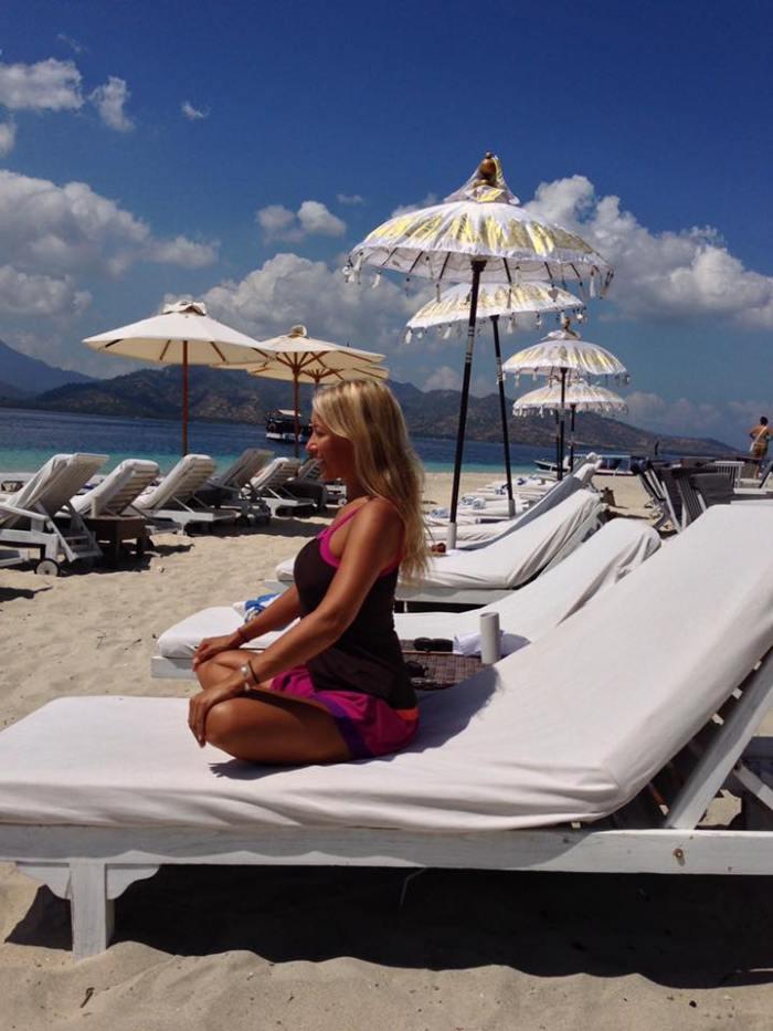 silvia-beach-meditation-bali